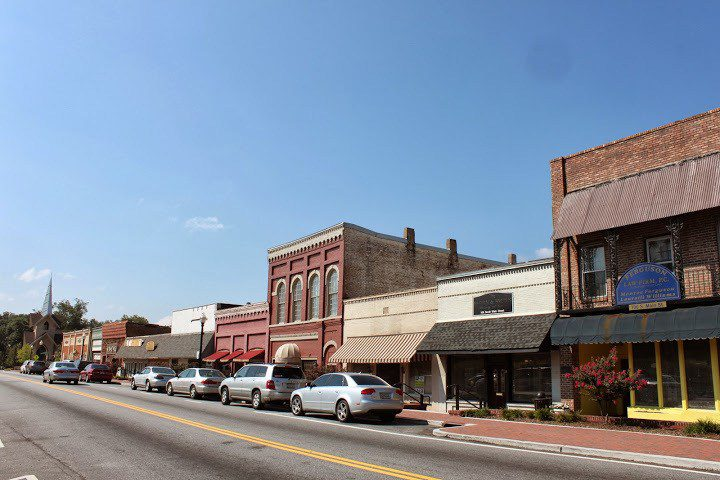 Small town saturday jonesboro ga this is my south for Small towns in tennessee near knoxville